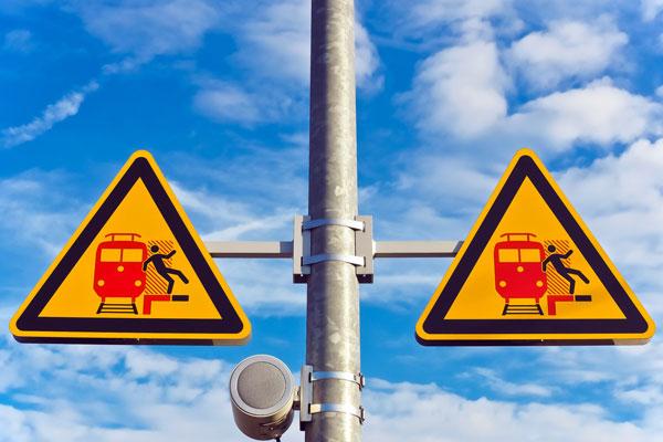 Custom Pole Signs in Orlando, FL